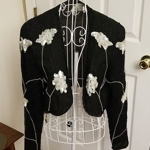 ⚘Gorgeous silk and sequined black jacket